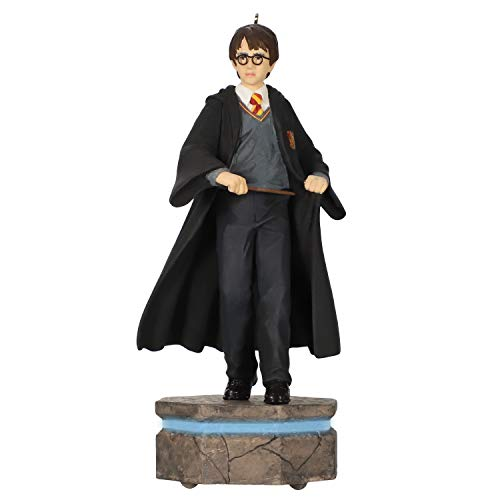 Price comparison product image Hallmark Keepsake Christmas Ornament 2020,  Harry Potter Collection Harry Potter Storytellers With Light and Sound