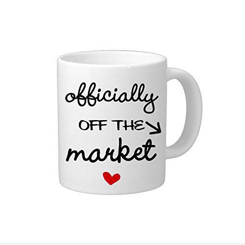 Funny Kaffee Becher mit Sprüche Verlobungsring Geschenk Tasse offiziell Off The Markt Tasse Bridal Dusche Geschenk Kaffeebecher aus Keramik für Herren Kaffee Tasse für Frauen 11Oz Zwei Seiten