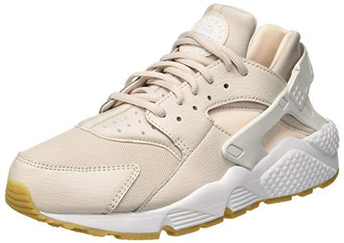 Nike Wmns Air Huarache Run, Scarpe da Ginnastica Basse Donna, Multicolore (Desert Sand/Summit White/Guava Ice 001), 40 EU