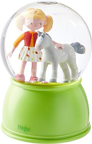 HABA 303518 - LED-Schlummerlicht-Schneekugel Pferdeglück, leuchtende Schneekugel für Mädchen, Schlummerlicht mit Glitzer und Farbwechsel, Geschenk für Pferde-Freunde
