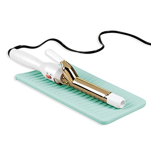 mDesign Reiseetui für Lockenstab oder Glätteisen – praktische Ablage für heiße Geräte im Badezimmer – schützende Auflage aus Silikon für das Waschbecken – hellblau