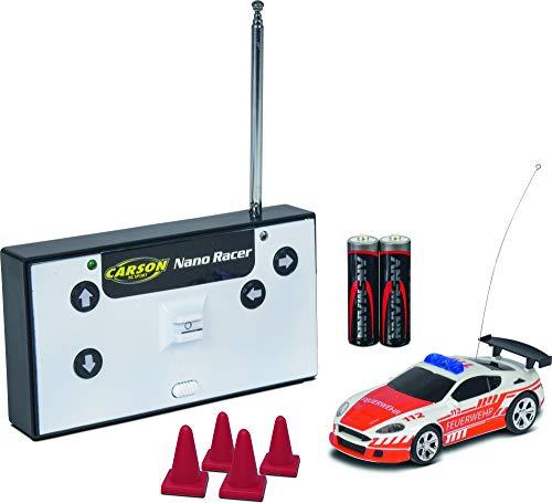 CARSON 500404180 - 1:60 Nano Racer Feuerwehr 27MHz 100% RTR, Ferngesteuertes Auto / Fahrzeug, RC Fahrzeug, inkl. Batterien und Fernsteuerung, inkl. Aufbewahrungsvitrine, 2 WD, Blaulicht