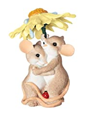 COLLECTABLE AND DECORATIVE: This collectible figure is created and painted with artistic expertise, and is wonderfully detailed with rich coloring. Brings sentimental smiles to generations of loyal fans. Looks great with any decor. KEY FEATURES: Whim...