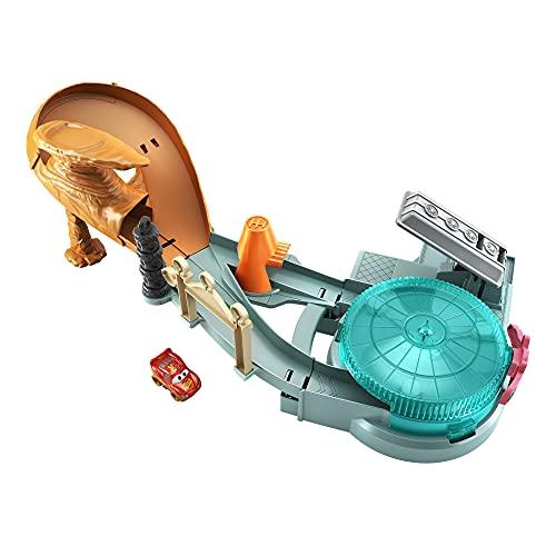 Disney Pixar Cars Playset Mini Racers Corse Estreme, con Veicolo Pitty e Macchinina Saetta McQueen, Giocattolo per Bambini 4+Anni,GTK92