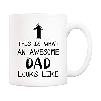 5Aup Christmas Gifts Funny Awesome Dad Coffee Mug This Is What an Awesome Dad Looks Like 11Oz Novelty Cups from Daughter Son Unique Birthday and Fathers Day Gifts for Dad Father Husband Men
