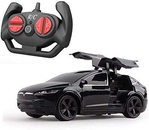 Kikioo Uno y veinticuatro Teslaa puede abrir la puerta 4 canales de control remoto de coches con la linterna recargable de la deriva del coche de deportes fuerte de los caballos de fuerza Niños contro