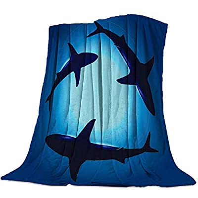 "DCGARING Microfiber Throw Blanket Warm Fuzzy Plush Fleece Blanket Twin Size Under Blue Ocean Sharks Swimming Lightweight Warm Luxury Blanket Super Soft for Bed/Couch/Sofa 40""x50"""