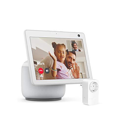 Der neue Echo Show 10 (3. Generation), Weiß + Amazon Smart Plug (WLAN-Steckdose), Funktionert mit Alexa