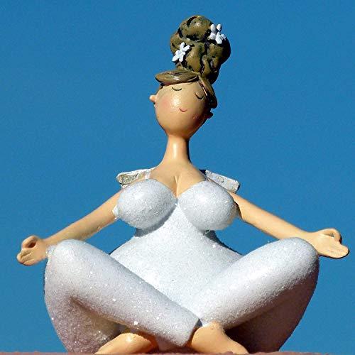Pommerntraum ®  Dekofigur Dicker Engel beim Yoga - Yogaengel Dicker Schutzengel Molly - Dicke Nana - Dicke Frau beim Yoga - Yogafigur - Pilates - Weiss mit Glitzer