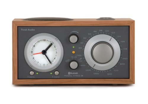 Tivoli Model Three Bluetooth UKW-/MW-Radiowecker in Kirsche/Taupe