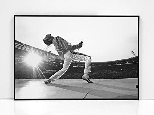 BaikalGallery Freddie Mercury - Wembley Cuadro Enmarcado (P1046)- MOLDURA DE Aluminio Mate Color Negro DE 1,5CM- Montaje EN Panel Adhesivo (Foam)- Laminado EN Mate (SIN Cristal) (60x90cm)