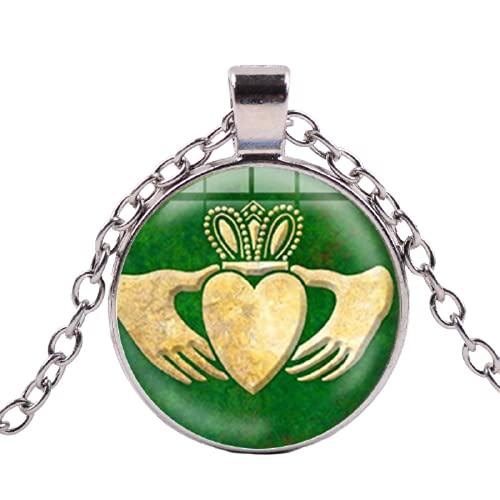 Collar con colgante de corazón de Claddagh de Leyenda con diseño de corazón irlandés de oro verde de San Valentín