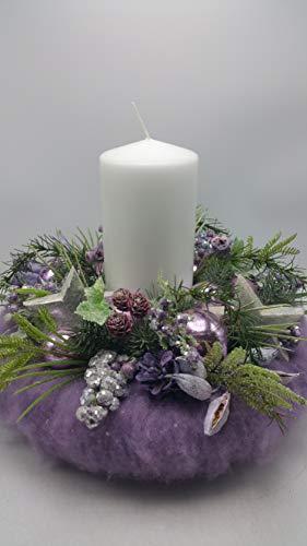 Weihnachtskranz Weihnachtsgesteck Adventskranz Kerze Kugeln Sterne Schoten lila