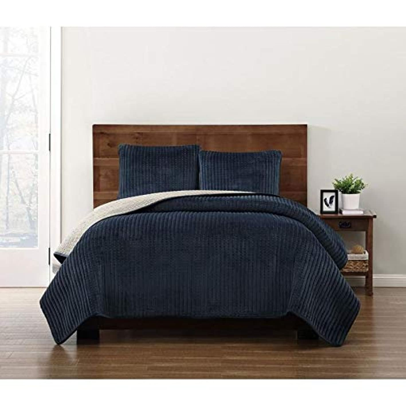 HNU 3 Piece Modern Crystal Face Pick Stitch Velvet Quilt Set Designer Style Solid Color Pattern Plush Navy King Bedding Set Outstanding Warmth Fashionable Bedroom Decor Amazingly Soft Pleated Finish cqdhoqkenqb334