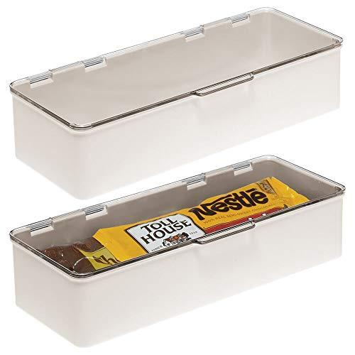 mDesign Set da 2 Organizer cucina con coperchio – Vaschetta da frigo impilabile per cucina e dispensa – Contenitore alimenti per tè, caffè e snack in plastica senza BPA – crema/trasparente
