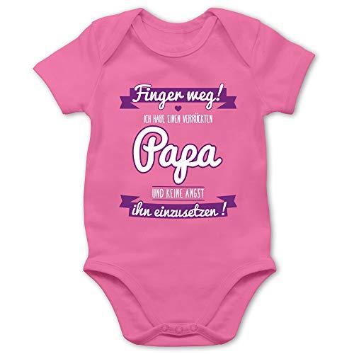 Shirtracer Sprüche Baby - Ich Habe einen verrückten Papa lila - 12/18 Monate - Pink - Papa ich werde EIN mädchen - BZ10 - Baby Body Kurzarm für Jungen und Mädchen