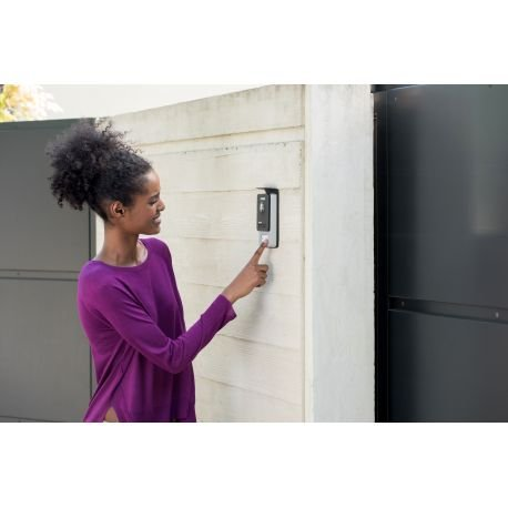 PHILIPS WelcomeEye Touch Video-Türsprechanlage, mit Kamera, 7 Zoll Touch-Monitor, 2-Familienhaus, 2-Draht-Anschluss, erweiterbar, Nachtsicht, einfache Installation, interner Speicher