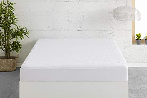 Sconosciuto EasyCosy - Coprimaterasso Impermeabile 4 Angoli Elastici - Dreams -Imbottiture e Protezioni per Materasso Transpirante Singolo 90cm (90cmx190/200)- Colore Bianco