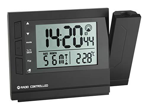 TFA Dostmann Digitaler Funk Projetktionswecker, 60.5008, mit Innentemperatur, Datum/Wochentag/Kalenderwoche, zweite Uhrzeit, mit Zeitzonen, Weckalarm mit 2 Alarmzeiten, schwarz