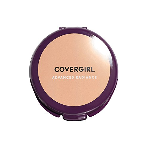 COVERGIRL - Advanced Radiance Pressed Powder Creamy Natural - 0.39 oz. (11 g)