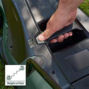 Bosch Elektro Rasenmäher UniversalRotak 450 (1300 W, Arbeitsbreite: 35 cm, Rasenflächen bis 450 m², im Karton, Generation 5.2)