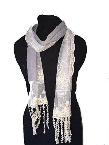 Pamper Yourself Now Grau mit Creme Flower Lace mit Fransen Schal- Grey with cream flower lace trim with tassels scarf