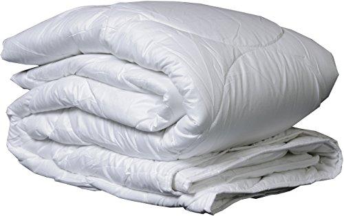 Carpe Sonno Wintersteppdecke 155 x 220 cm Weiß 100{3c78839ed499defe7e74ee449ac20c9bbf1b5b334fa9012ee7c5f65eb85edd3f} Polyester - Bettdecke mit silikonisierten Hohlfasern gefüllt Warme Decke für kalte Winternächte Winterdecke mit Mikrofaser Bezug 500 g/m²