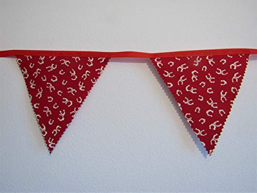 Horse Shoe bunting, Horse Shoe garland, Girls horse bedroom decoration, horse gift, Red bunting, fabric bunting, handmade bunting