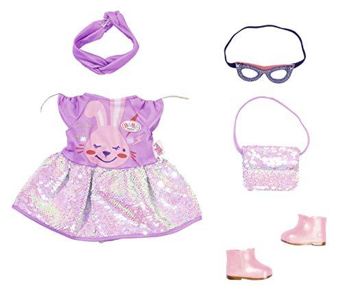 Zapf Creation 830796 BABY born Deluxe Happy Birthday Outfit 43 cm - lila Puppenkleid und Handtasche mit Glitzer-Wendepailletten, abnehmbaren lila Haarband, Maske und rosa Puppenschuhen