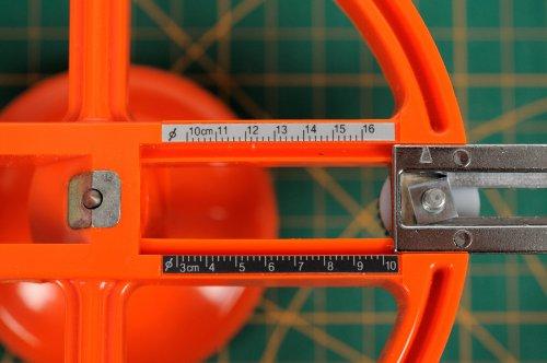NT Cutter Heavy-Duty Circle Cutter, 1-3/16 Inches 6-5/16 Inches Diameter, 1 Cutter (C-2500P) Photo #3