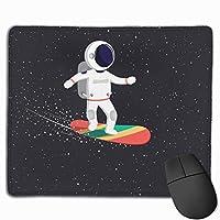 マウスパッド サーフィン宇宙飛行士 星空 Mousepad ミニ 小さい おしゃれ 耐久性が良 滑り止めゴム底 表面 防水 コンピューターオフィス ゲーミング 25 x 30cm