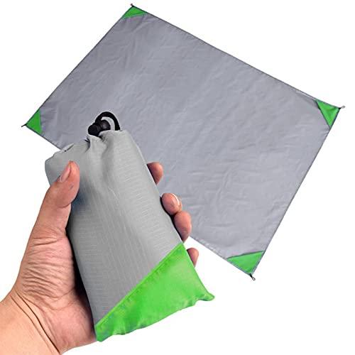 manta verde menta de la marca JUANJUAN
