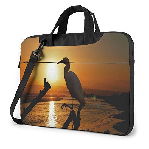 Airone guardabuoi sull acqua sulla spiaggia di Malibu in agosto Borsa per laptop Custodia protettiva Borsa messenger per computer Donna Uomo