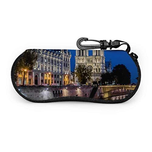 Fundas de gafas Great Lovely Notre Dame De Paris Childrens Ultra Ligero Neopreno con Cremallera Almacenaje Lente Suave Sunglasses Case 8 * 17cm