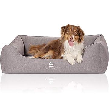 Das formstabile Hundebett besitzt einen Orthopädischen Kern, was ein Gelenk- und wirbelsäulenschonendes Schlafen ermöglicht Das Hundebett besteht aus einem sehr robustem Velours Material Abnehmbarer Bezug, waschbar bei 30 Grad ÖKO-TEX Standart 100 Se...