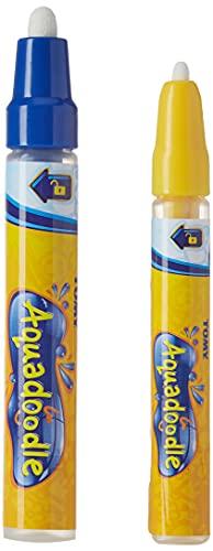 TOMY - Pack 2 Stylos Aquadoodle E72392, 1 Feutre à Pointe Fine et 1 Feutre à Pointe Large pour Tapis Aquadoodle, Stylos Effaçables pour Dessin à l