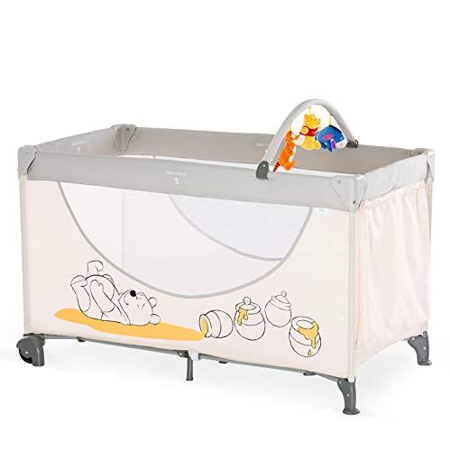 Hauck Kinderreisebett Dream N Play Go Disney/ inklusive Rollen, Matratze und Tasche / 120 x 60cm / ab Geburt / tragbar und faltbar / Pooh Cuddles (Weiß)