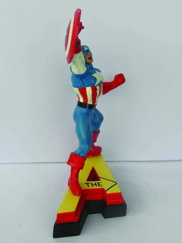 The Avengers Series 1 Captain America Resin Fig. [Import allemand]