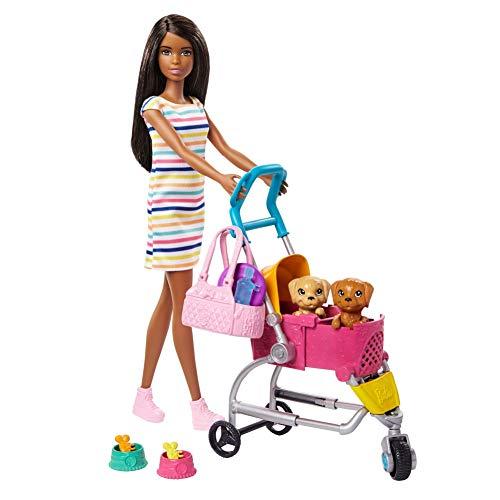 Barbie GHV93 - Barbie buggy zestaw do zabawy z lalką Barbie, 2 piesie i wózkiem dla psów
