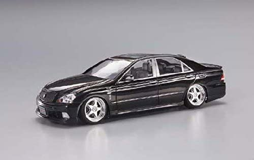 1 24 Junction Produce Sports GRS182 Crown (Model Car)