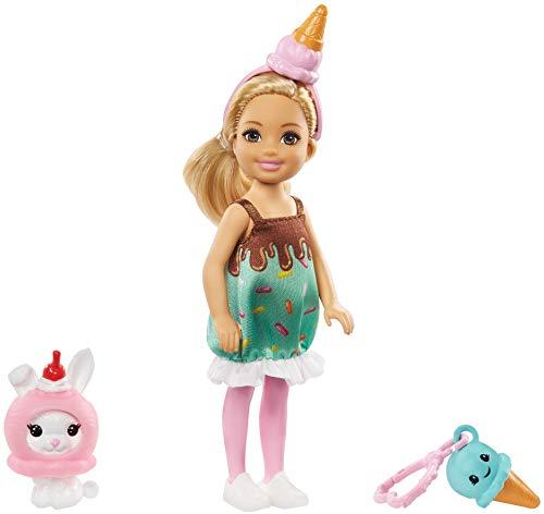 Barbie GHV72 - Club Chelsea-Puppe mit Eiscreme-Kostüm, 15 cm groß, blond, mit Häschen