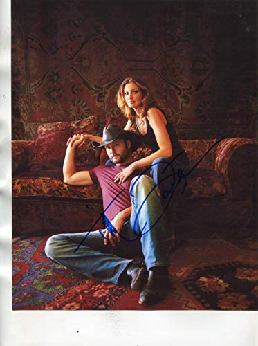 TIM MCGRAW/FAITH HILL signed'Home Front' 8x10 photo