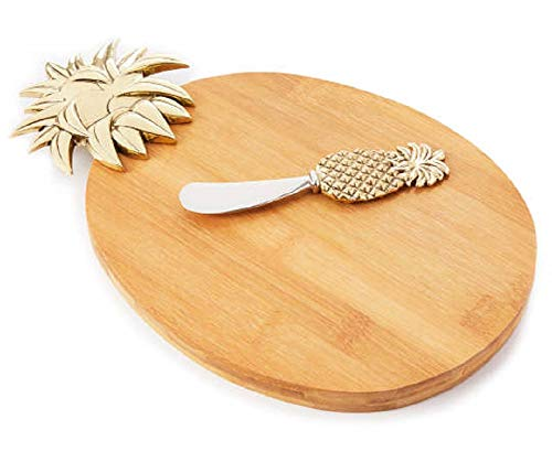 Pineapple Cheese Board with Spreader, 2-Piece Set. Serving board: 15'L x 7'W x 1'H.