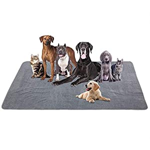 Yangbaga Newest Extra Large Pee Pads for Dogs, Non Slip Dog Pee Pads for Large Dogs and Multiple Dogs with Great Absorbency, Cut to Fit in a Crate or Car Seats, Odor Control Training Pads