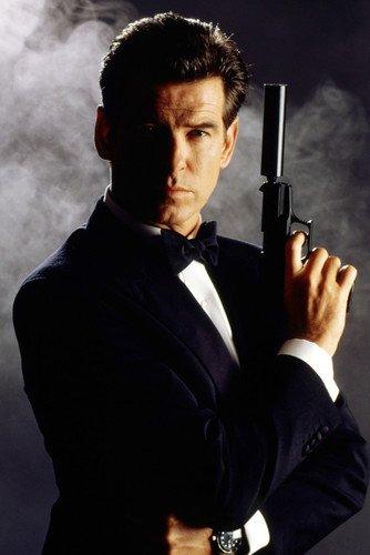 Moviestore Pierce Brosnan als James Bond in GoldenEye 91x60cm Farb-Posterdruck