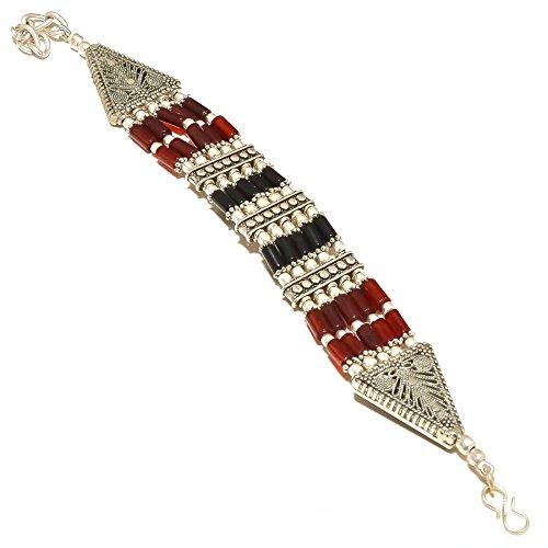 Shivi ¡Perlas de cornalina roja y ónix Negro ¡Diseño Unico Pulsera 7-9'de Largo, Trabajo Rava. Chapado en Plata esterlina oxidada, Hecho A Mano. Joyas