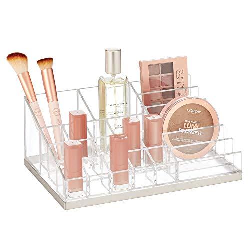 mDesign Práctico organizador de maquillaje – Decorativa caja para guardar cosméticos como esmaltes de uñas o polveras – Expositor de maquillaje con 17 compartimentos – transparente/plateado mate