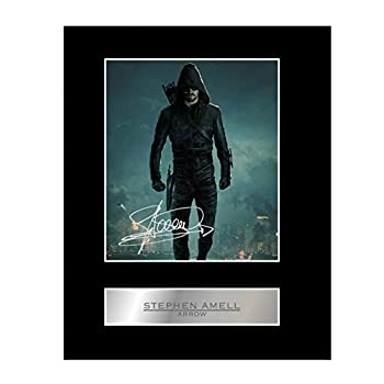 iconic pic Stephen Amell Signed Mounted Photo Display Arrow Autographed Gift Picture Print