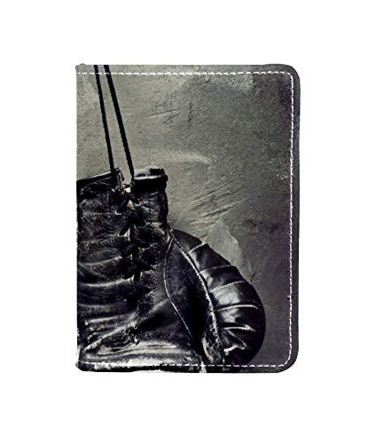 Reisepasshülle für alte Boxhandschuhe aus Leder