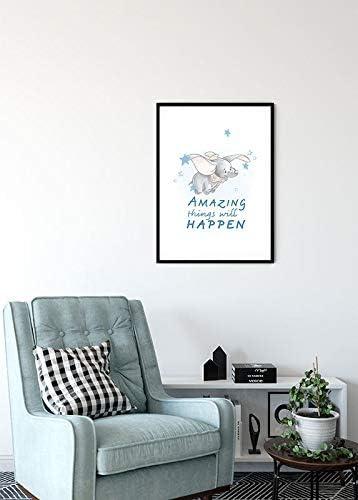 Dumbo Amazing Dekoration | ohne Rahmen Disney Wandbild von Komar Breite x H/öhe WB024-30x40 Kinderzimmer Kunstdruck Babyzimmer Gr/ö/ße 30x40cm
